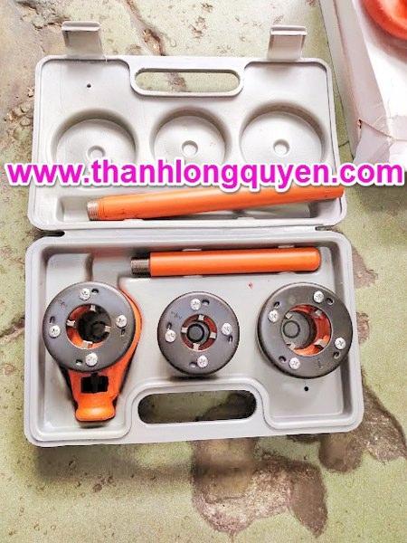 Dụng cụ tiện ren ống bằng tay model q92 21mm-34mm