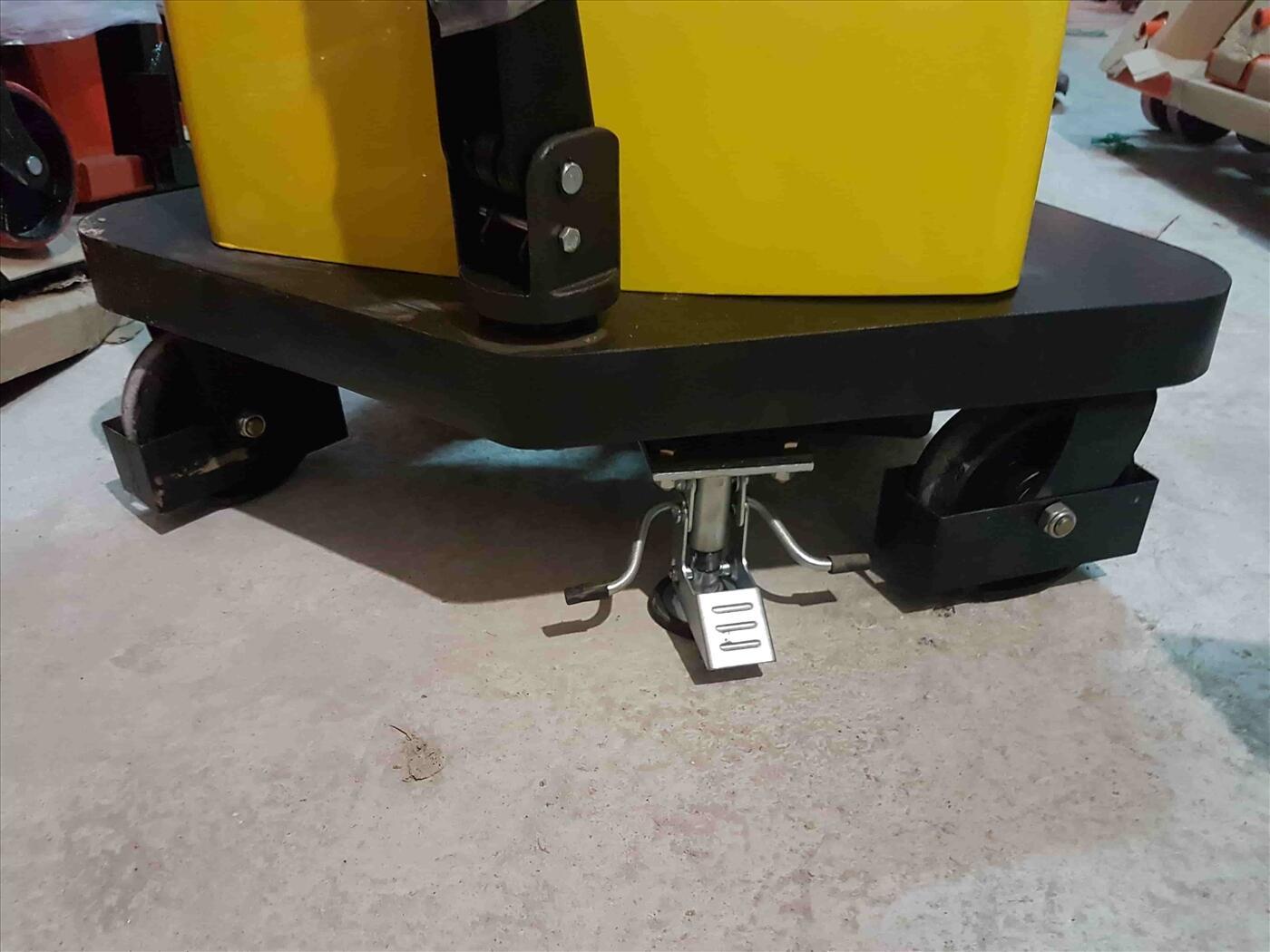 Xe nâng bán tự động tải nâng 1000kg độ cao nâng 3000mm Model DYC10-30