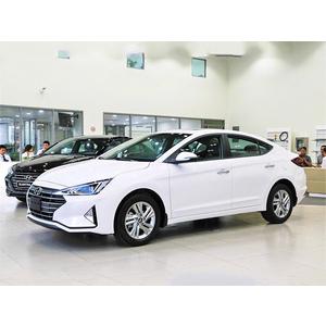 Hyundai Elantra 1.6 MT