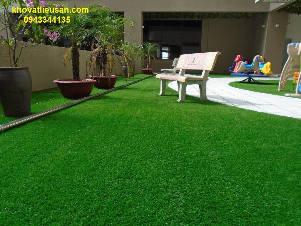 cỏ nhân tạo sân vườn