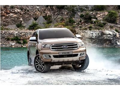 Ford Everest 2019 thêm bản diesel 2.0L và hộp số tự động 10 cấp