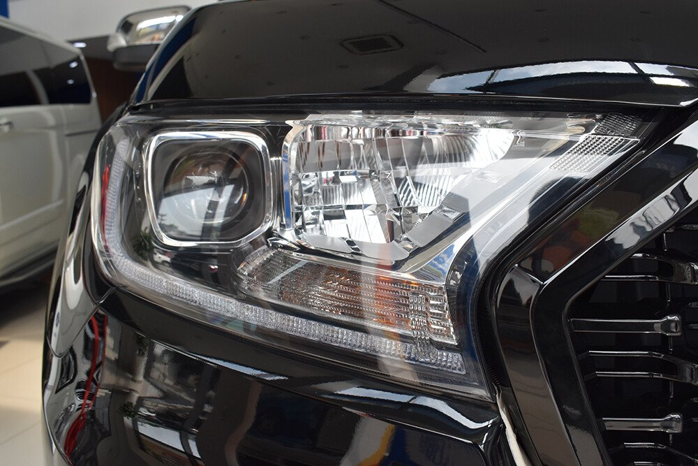 Đèn xe công nghệ Bi-LED