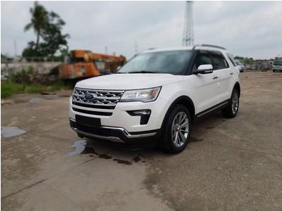 Ford Explorer Limited đã về Việt Nam