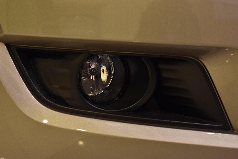 Đèn sương mù hình thoi kết hợp bóng LED