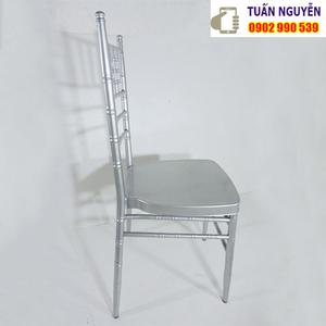 Ghế chiavari tiffany màu bạc
