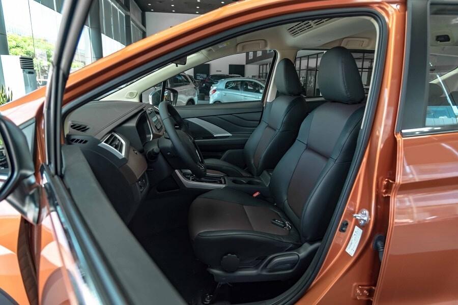 Ghế lái xe Mitsubishi Xpander Cross