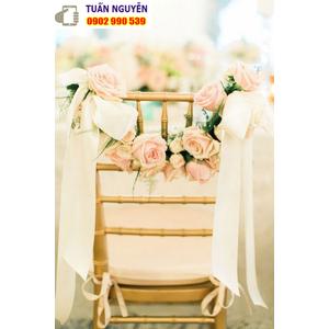 Ghế tiffany tiệc cưới