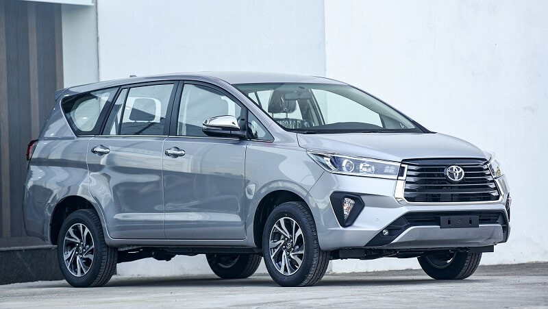 Giá xe ô tô 7 chỗ Toyota Innova các phiên bản