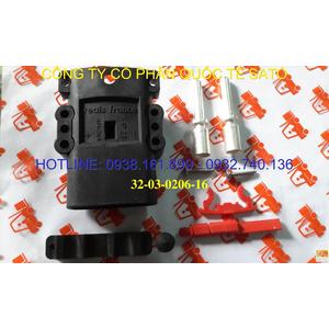 Giắc cắm/ phích cắm/ phích sạc xe nâng Reals 160A 150V ,50mm M