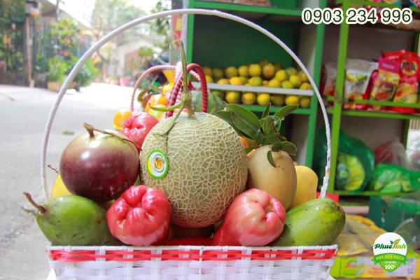 Giỏ hoa quả 3