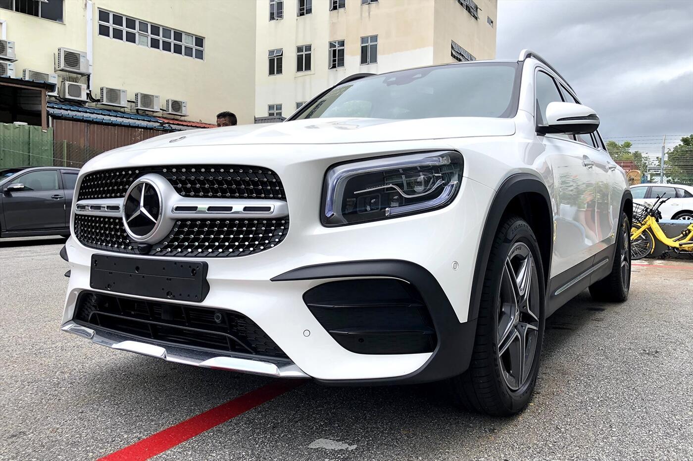 Mercedes-Benz GLB 200 AMG