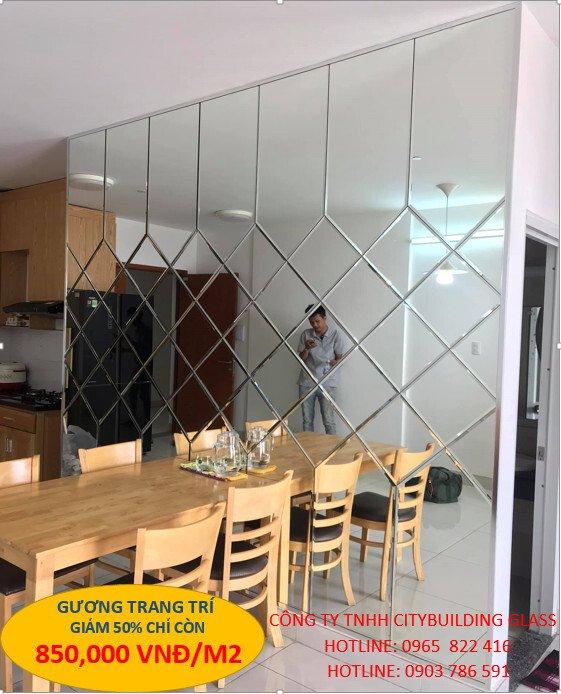 gương ốp tường trang trí