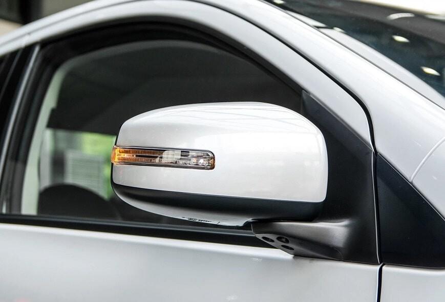 Gương chiếu hậu xe Mitsubishi Attrage CVT Premium