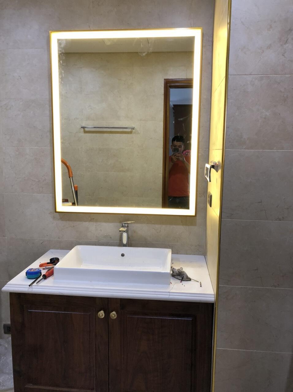 Gương nhà tắm khung inox đèn led hình chữ nhật Citybuilding CBJ A1
