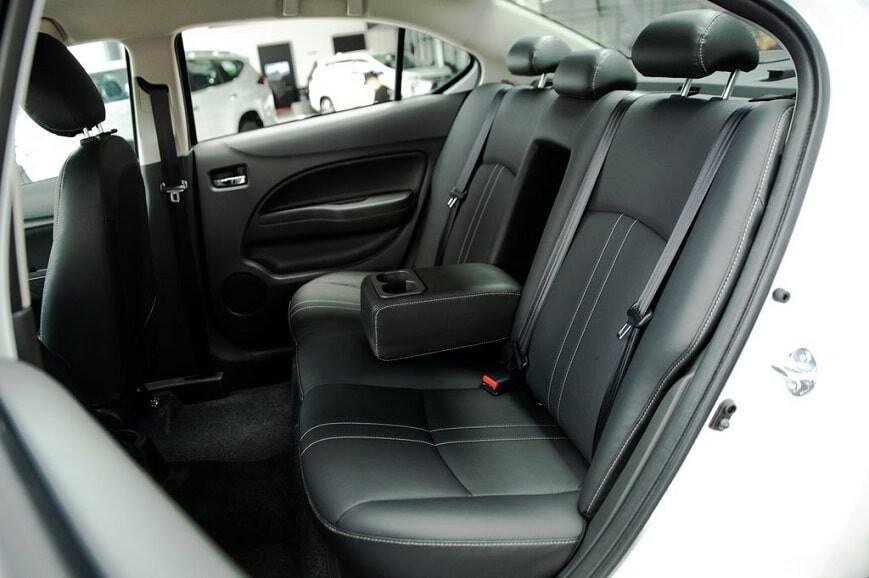 Hàng ghế thứ 2 rộng rãi trên Mitsubishi Attrage CVT Premium
