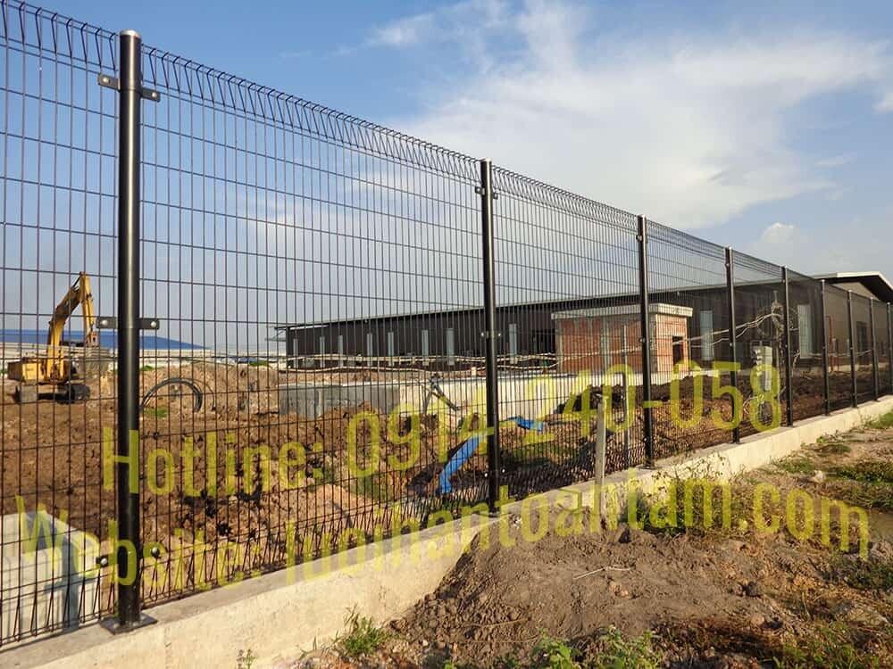 Giá hàng rào lưới thép tại HCM
