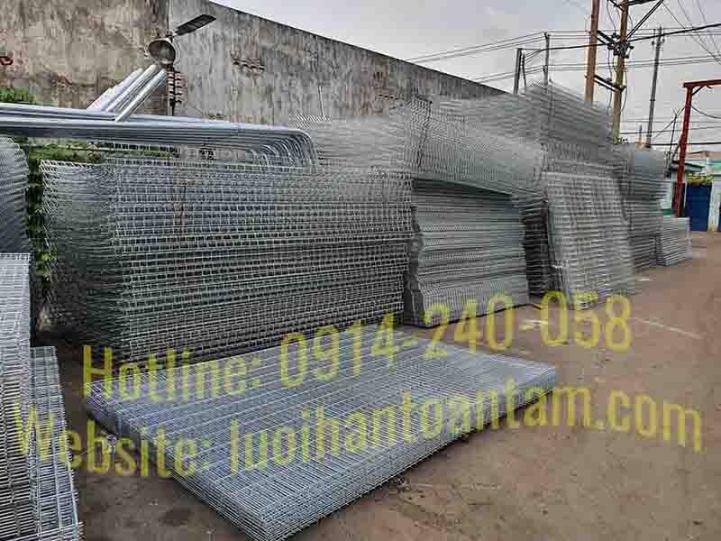 Hàng rào lưới thép nhúng kẽm