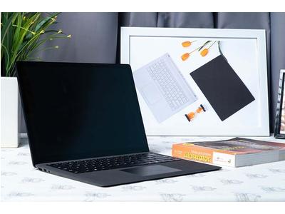 Microsoft Surface Laptop 2 (Core i7-8650U | Ram 16GB | SSD 1TB | 13.5 inch) New