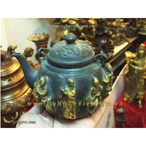 Ấm trà bát tiên bằng đồng giả cổ 12cm