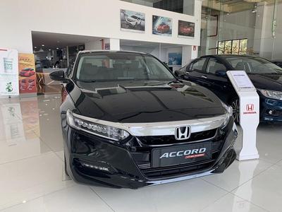 Honda Accord 1.5L Turbo màu đen