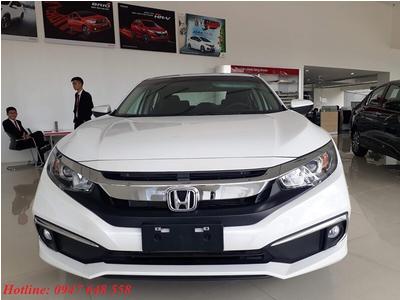 Honda Civic 1.8L bản E màu trắng