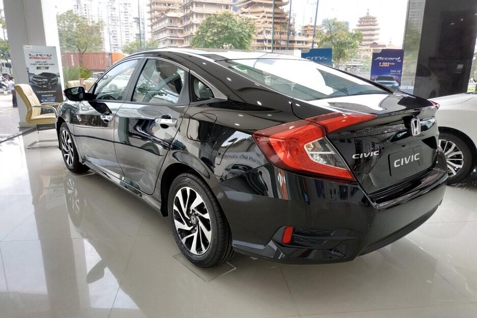 Honda Civic 1.8L E