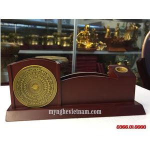 Hộp bút để bàn mặt trống đồng làm quà tặng ý nghĩa