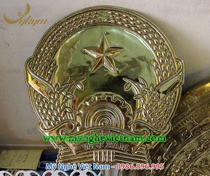 Quốc huy đồng đk 35cm