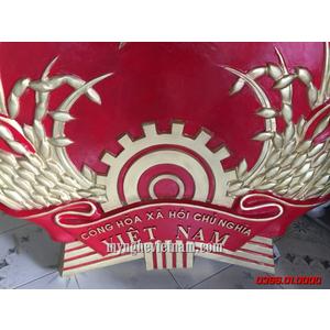 Logo Quốc huy việt nam bằng composite 1m35