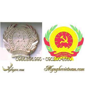 Sản xuất huy hiệu đảng bằng đồng