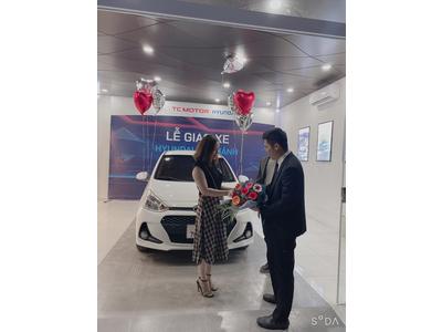 Hyundai Grand i10 - Khách hàng tại Thạch Thất