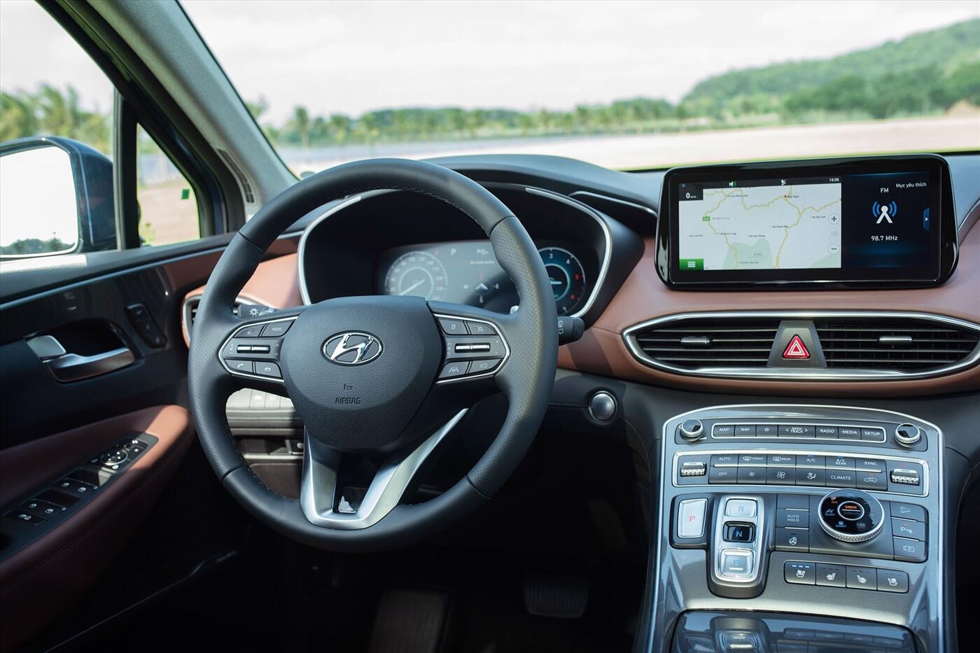 Hyundai Santa Fe 2.2 Dầu - Hình 11