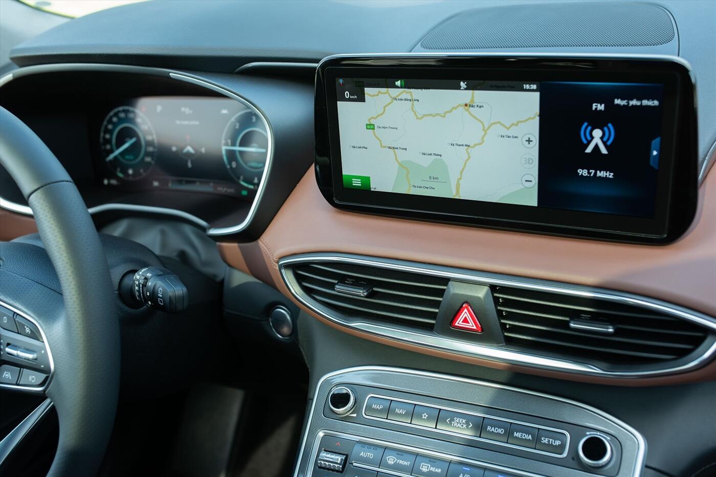 Hyundai Santa Fe 2.2 Dầu - Hình 13