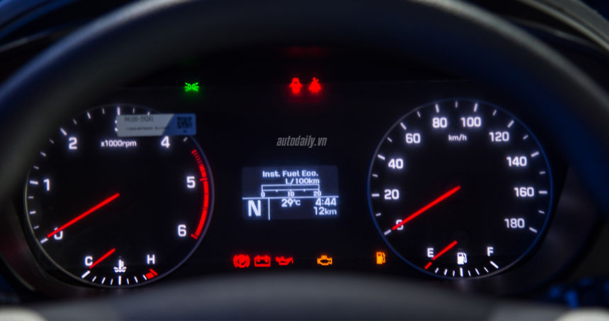 Hyundai Solati - Hình 11