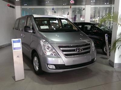 Hyundai Starex 9 Chỗ (Máy Dầu)
