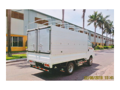 Hyundai TMT Daisaki thùng bạt tải 2,5 tấn, thùng dài 3,2 mét Euro 4