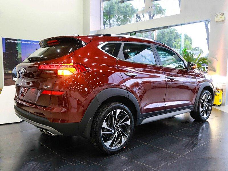 Hyundai Tucson 2.0 Tiêu Chuẩn