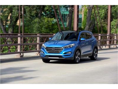Hyundai Tucson có bản nâng cấp nhẹ 2018, bổ sung thêm tính năng, giá từ 22.550 USD