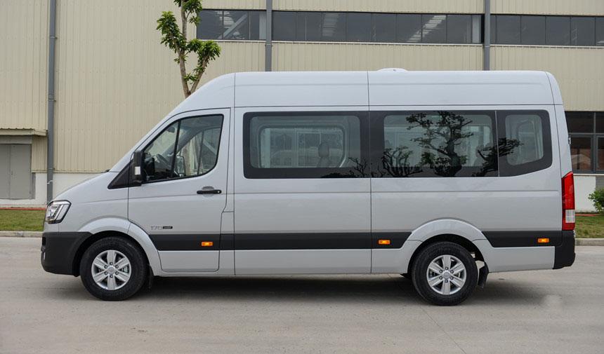 Hyundai Solati - Hình 4