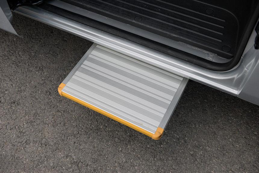 Hyundai Solati - Hình 9