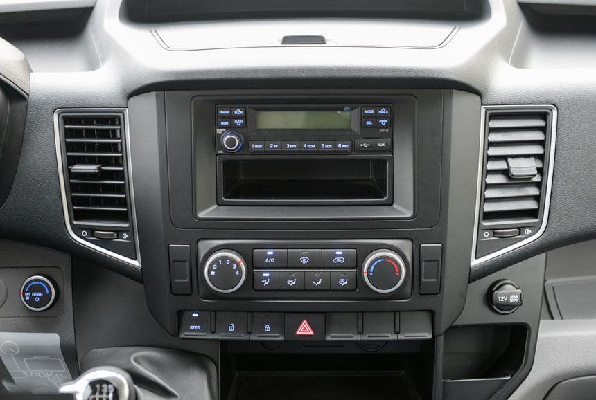 Hyundai Solati - Hình 12