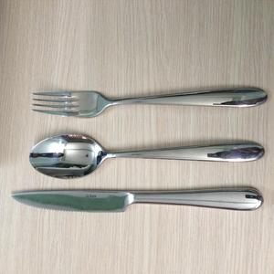 Bộ dao muỗng nĩa đuôi tròn sola