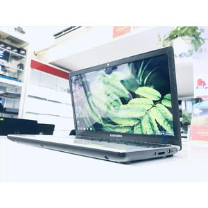 SAMSUNG NP350U2Y || i3-2330M~2.2GHz || Ram 4G/HDD 500G || 12.5