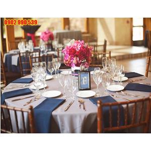 Khăn trải tiệc cưới rẻ đẹp