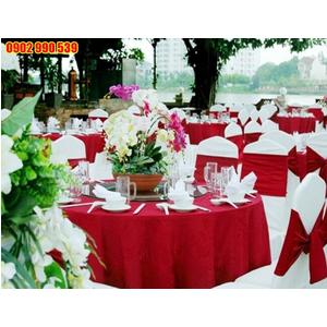 Khăn trải tiệc cưới sang trọng