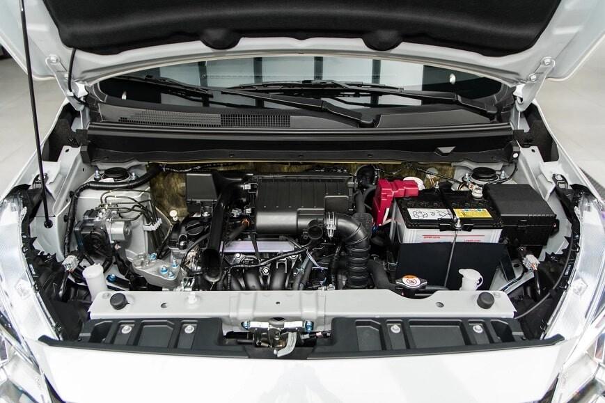 Khoang động cơ xe Attrage CVT premium