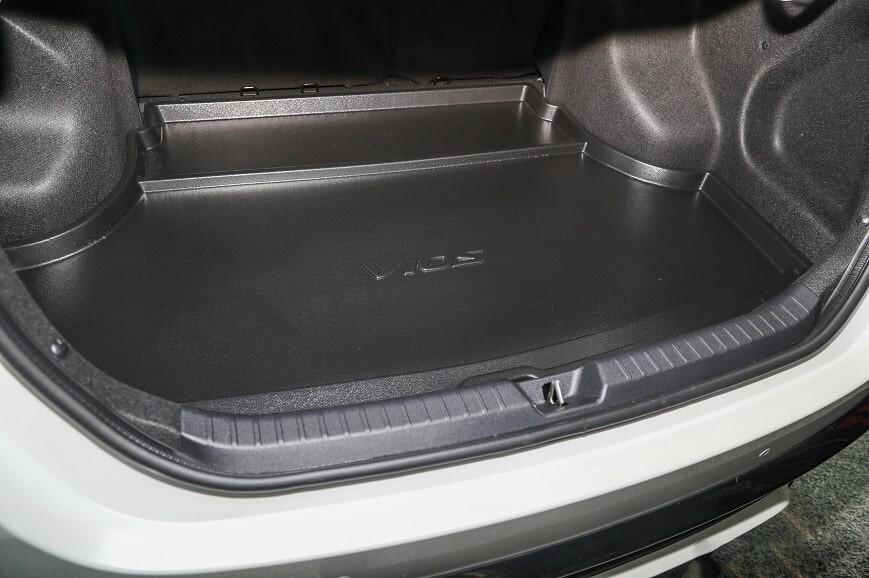 Khoang hành lý rộng rãi trên xe Vios phiên bản 1.5 Sport