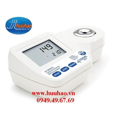 Khúc xạ kế đo độ mặn trong thực phẩm HI96821