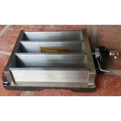 khuôn đúc mẫu vữa xi măng 40x40x160