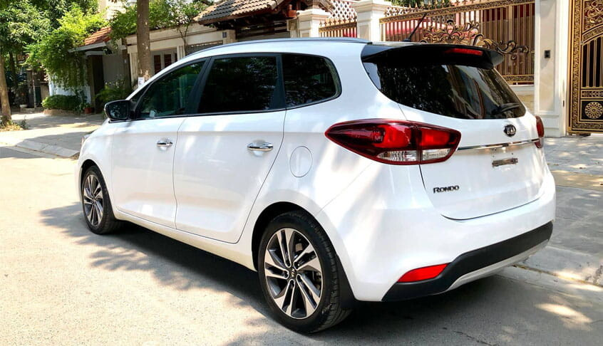 KIA Rondo xe 7 chỗ giá rẻ tại Việt Nam